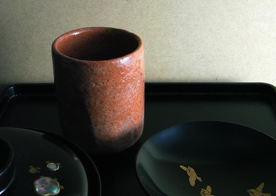 http://www.utuwa-ya.jp/blog/photo/20100119akaraku01.jpg