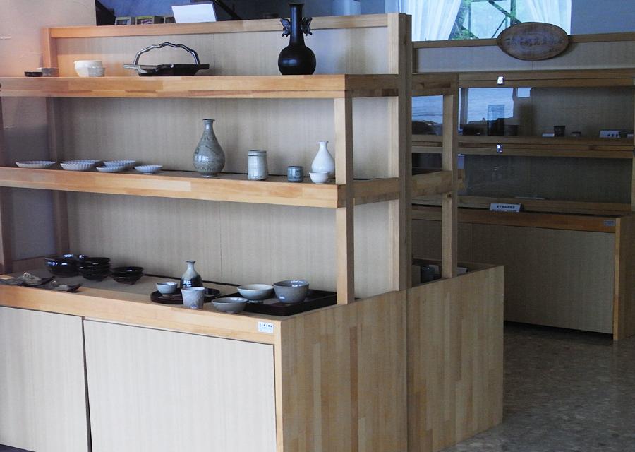 http://www.utuwa-ya.jp/blog/photo/20111012nijinomatsubara01.jpg